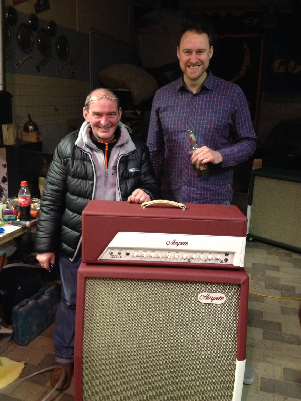 Our saddler Robert (left side) and Sebastian are having fun with the new Ampete ONE.
